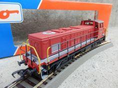 HO-ROCO-43575-2-Diesellok-EM-4-4-1110-Rot-Schweizer-Sondermodell-mit-OVP-Zubehoer