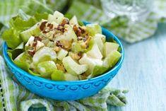 Η δίαιτα με μήλα για πιο λεπτή κοιλιά μοιάζει κάπως περιοριστική, όμως είναι ιδανική για την αποτοξίνωση του σώματος και την επιτάχυνση του μεταβολισμού. Quinoa Salad Recipes, Salad Dressing Recipes, Raw Food Recipes, Cooking Recipes, Healthy Recipes, What Is Quinoa, How To Cook Quinoa, Easy Cooking, Healthy Cooking