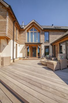 Timber framed dream home in Worcestershire exceeds couple's expectations Dream House Exterior, House Exteriors, Suffolk House, Oak Framed Buildings, Oak Frame House, Self Build Houses, Narrow House, Victorian Cottage, Bbq Area