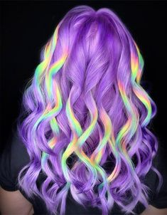 """Holographic Hair Is Going to Be Next Biggest Trend quizzicalcontent: """" See All The Rest HERE """" Yellow Hair, Blue Hair, Winter Hairstyles, Pretty Hairstyles, Halo, Curly Hair Types, Corte Y Color, Lavender Hair, Sombre"""