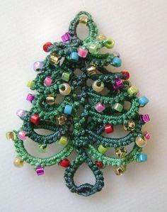 Layered Ring Christmas Tree in tatting | Craftsy