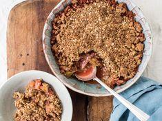 Strawberry Rhubarb Crisp | Genius Kitchen