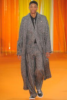 Off-White Fall 2016 Menswear Collection Photos - Vogue