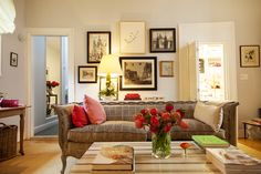 Rita Konig -- not enough press on her!!  Her NY apartment photographed by The Selby