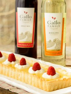Creamy Lemon Tart is a wonderful sweet to make for your sweetie for Valentine's Day. Pair it with Gallo Family Vineyards Riesling or Sweet Red wine. #SundaySupper #GalloFamily