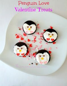 Penguin Love Valentine Treat Recipe #penguins #food #valentinesday