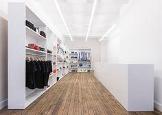 superfuture :: supernews :: amsterdam: comme des garçons pocket store opening