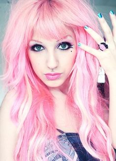 ℒᎧᏤᏋ her gorgeous pink hair!!!! ღ❤ღ