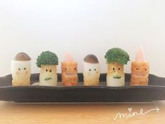 かわいすぎお弁当に入れてみたいちくわ星人の作り方 Cute Bento Boxes, Lunch Boxes, Kawaii Bento, Bento Recipes, Out To Lunch, Kids Menu, Easy Meals For Kids, Food Humor, Cute Food