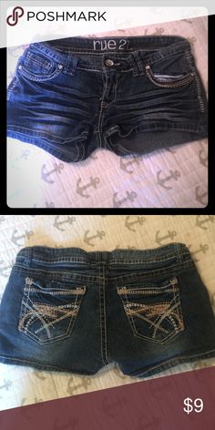 ☀️Rue 21 Denim Shorts☀️ EUC Has great detail all jewels still intake. Just don't fit any more😕 Rue 21 Shorts Jean Shorts