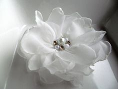 6 pieces white handmade organza flowers with pearl and rhinestones