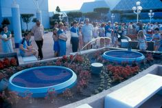 The jumping water fountains outside the Journey to Imagination Pavillion at Epcot. Walt Disney Co, Disney Rides, Disney Magic, Disney Parks, Science Movies, Epcot Center, Vintage Disney, Disney Vacations, Disneyland