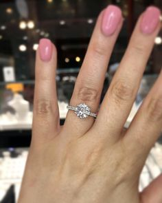 42 Top Round Engagement Rings: Best Rings Ideas %%page%% %%sep%% %%sitename%% Or Rose, Rose Gold, Rings Cool, Dream Ring, Wedding Planning, Wedding Ideas, Diamond Rings, Wedding Rings, Engagement Rings