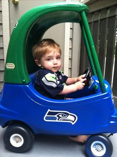Seahawks Spirit: I turned my sons car into an awesome @Erin Stockdill Seahawks  car! Premera Pin to Win contest