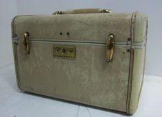 "Vintage Samsonite Train Case Hat Box Luggage Round 18"" White Tan ..."