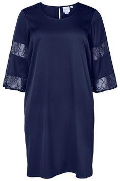 Super cool Flot mørkeblå kjole med blonde detaljer på ærmerne Junarose Modetøj til Damer i behagelige materialer