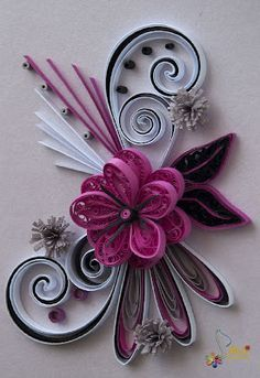 Pink and white flower arrangement quilling