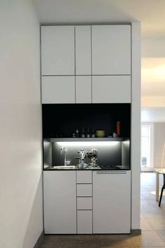 Are you in search of small kitchen design ideas? Then make certain to take a browse through our collection of 25 modern small kitchen ideas! Micro Kitchen, Hidden Kitchen, Compact Kitchen, Apartment Kitchen, Kitchen Interior, Office Kitchenette, Kitchenette Ideas, Kitchen Design Open, Open Kitchen