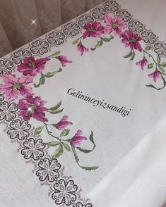 Flower Patterns, Cross Stitch Patterns, Ely, Flowers, Instagram, Counted Cross Stitches, Stitch Patterns, Towels, Dots