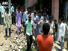 Patna (Bihar), April 29: At least three children were injured on Saturday after a low intensity bomb exploded in a Patna school.  According to reports, the incident took place on the rooftop of the school inPatna's Khajekalan. The injured students have been rushed for treatment.   #bomb blast in school #injured #Khajekalan #low intensity bomb #Patna #Three injured in bomb blast in school;Patna