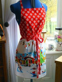 Christmas Apron - Just Jude Designs - Quilting, Patchwork & Sewing patterns and classes Sewing Tutorials, Sewing Crafts, Sewing Patterns, Sewing Ideas, Apron Tutorial, Christmas Sewing Projects, Christmas Aprons, Modern Retro, Fabric Shop