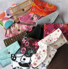 Lapjes stof over? Maak er een leuk envelop-mapje van! Gratis patroon op Craftsy!
