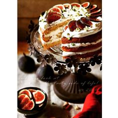 Triple layered cake with figs on top #yummy #instayummy  #instadelicious #cake #cakestagram #instafollow #tagsforlikes #likesforfollows  Tag a cake lover!