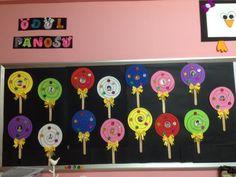 Ödül panosu Classroom Attendance, School Gifts, Pin Up, Board Ideas, Chop Saw, Art, Pinup