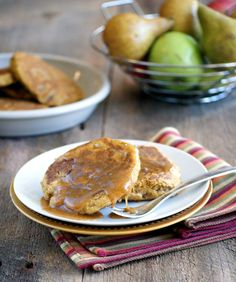 Anti CAndida, Gluten Free, Sugar Free Sweet Potato and Pear Pancakes on RickiHeller.com