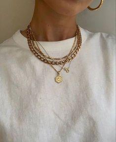 Jewelry Trends, Jewelry Accessories, Fashion Accessories, Fashion Jewelry, Jewelry Ideas, Street Style Inspiration, Mode Inspiration, Dainty Jewelry, Cute Jewelry