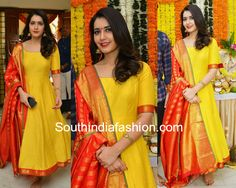 Raashi Khanna in Teja Sarees; Yellow anarkali with kanjeevaram dupatta, plain anarkali with pattu dupatta, pattu chunni Half Saree Designs, Sari Blouse Designs, Designer Blouse Patterns, Latest Anarkali Designs, Kurti Patterns, Sewing Patterns, Long Gown Dress, Anarkali Dress, Anarkali Suits