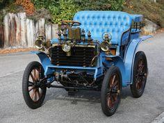 1900 Bardon Type A Tonneau, up for auction February in Paris Vintage Cars, Antique Cars, Vintage Stuff, Rare Antique, Auto Start, Veteran Car, Automobile Companies, Fiat Abarth, Old Cars