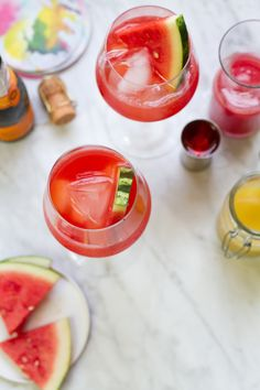 13 aperol cocktails recipes for spring and summer. Aperol is a citrus-based aperitif with a low-alcohol content, like Campari but sweeter in taste. The light, crisp flavors are perfect warm weather alcoholic cocktails. For more recipes go to Domino. Prosecco Cocktails, Alcoholic Cocktails, Cocktail Drinks, Cocktail Recipes, Aperol Drinks, Drink Recipes, Juice Recipes, Bar Drinks, Sangria
