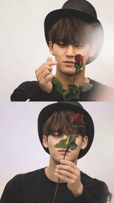 민규 세븐틴 Mingyu Wonwoo, Seungkwan, Woozi, Boy Idols, Mingyu Seventeen, Boyfriends, Sailor Moon, Kpop, Actors