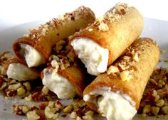 Homemade Cannoli Recipe with ricotta cheese --- Click for Recipe