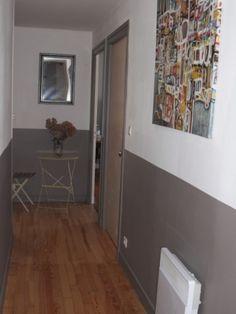 d co couloir long sombre troit 12 id es pour lui donner du style couloir corridor. Black Bedroom Furniture Sets. Home Design Ideas