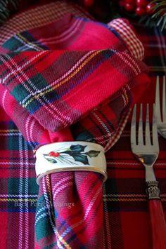 christmas table tartan napkins