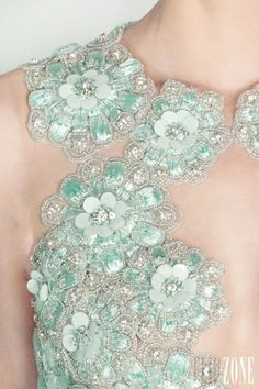 "Rami Kadi - Couture - ""Les jardins suspendus"", S/S 2013 - beautiful detailing on bodice of blue ballgown Couture Embroidery, Beaded Embroidery, Zardozi Embroidery, Mint Color, Mint Green, Michael Cinco, Hand Embroidery Designs, Brokat, Fashion Details"