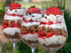 valentine's day dessert: strawberry cannoli parfaits- or you could make with pound cake, angel food cake or little Debbie Strawberry shortcakes. For a virtually non fat but still just as tasty treat, use sugar free angel food cake and fat free coolwhip!