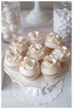 Ivory & soft Pink Dessert Table - So pretty! | Wedding Dessert