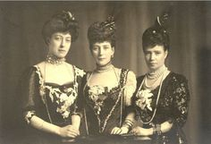 Photo by unknown of two of the daughters of King Christian IX of Denmark, Queen Alexandra of the United Kingdom (center) and Empress Maria Feodorovna of Russia (Dagmar), (right), along with Queen Alexandra's daughter Princess Victoria (left). Tsar Nicolas, Tsar Nicholas Ii, Victoria And Albert, Queen Victoria, Regina Victoria, Zar Nikolaus Ii, Catalina La Grande, Windsor, Royal Families