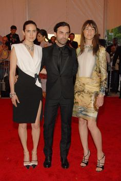 Jennifer Connelly & Charlotte Gainsbourg in Balenciaga by Nicolas Ghesquiere with the designer @ Met Gala 2008