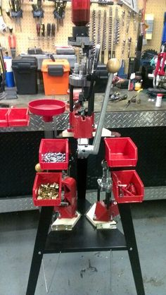Lee press and stand Reloading Room, Reloading Press, Reloading Equipment, Garage Tool Storage, Garage Ideas, Paintball, Bullets, Firearms, Knives