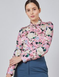 Women's Pink & Cream Floral Fitted Satin Blouse - Single Cuff - Pussy Bow | Hawes & Curtis Floral Stripe, Floral Tops, Hawes And Curtis, Classy Work Outfits, Classic White Shirt, Floral Print Design, Dress Shirts For Women, Elegant Woman, Workout Shirts