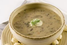 (Cream of Wild Mushroom Soup) - Get help planning a healthy diet that won't trigger Crohn's symptoms. Check out these Crohn's-friendly recipes and cooking tips. Wild Mushroom Soup, Mushroom Soup Recipes, Mushroom Bisque, Portabello Mushroom Soup Recipe, Portobello Mushroom Recipes, Chili Recipes, Vegetarian Recipes, Cooking Recipes, Cooking Tips