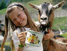Osttirol steht für - Gastfreundschaft, Herzlichkeit, urtirolerische Erlebnisse und kulinarische Genüsse Ein echtes Paradies für Aktivurlauber, Genießer und Romantiker!