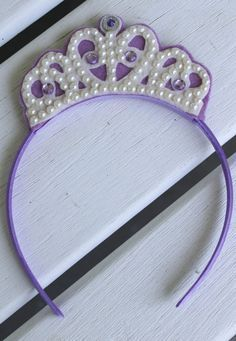 Who doesn't love Princess Sofia? Sofia the First Inspired Crown by… Sofia Birthday Cake, Sofia The First Birthday Party, Purple Princess Party, Princess Sofia Party, Birthday Decorations For Men, Princesa Sophia, Princess Cookies, Bday Girl, Party Accessories