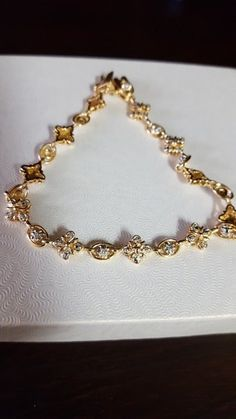 Precious bracelet 925 Sterling Silver, cover in gold. So beautiful jewelry. Please read and see the pictures for details. Jewelry Accessories, Vintage Bracelet, Sterling Silver, Bracelets, Gold, Diamonds, Beautiful, Cover, Pictures