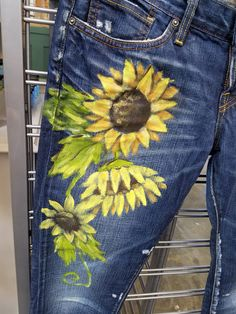 Hand Painted Jeans… painted with big ol sunflowers! Lucky Brand Riley Slouchy … Hand Painted Jeans… painted with big ol sunflowers! Lucky Brand Riley Slouchy Skinny Jeans size Totally washable in cold water, just turn them inside out! Ready to Ship Painted Jeans, Painted Clothes, Hand Painted, Denim Fashion, Boho Fashion, Skinny Jeans Heels, Denim Ideas, Embellished Jeans, Zooey Deschanel