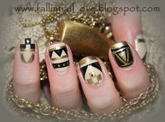 #nailart golden aztec nails